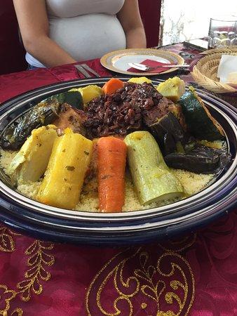 Restaurante amira en las palmas de gran canaria con cocina - Cocina gran canaria ...