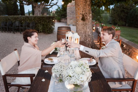 Terre di Nano: Our wedding (about to eat Giorgio's delicious meal!) - photo by Alfredo Falvo