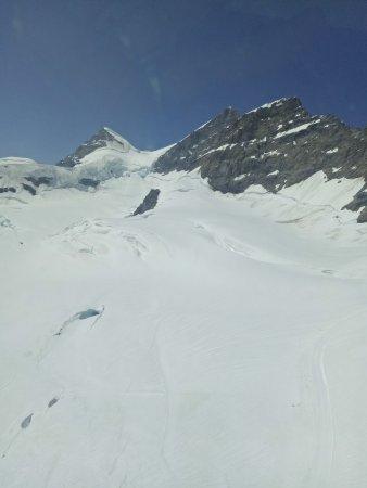 Bernese Oberland, Suíça: IMG20170622120551_large.jpg