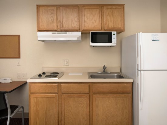 Junction City, KS: In-Room Kitchen