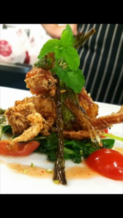 Singleton, Australia: Soft Shell Crab with fresh lime, coriander and chili salad