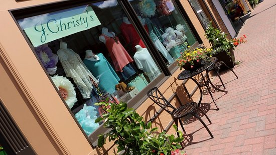 J.Christy's is one of Minocqua's premier boutique since 1996.