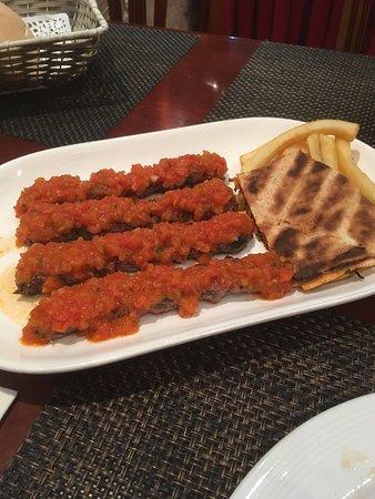 Arz lebanon restaurant dubai omd men om restauranger for Arz lebanese cuisine