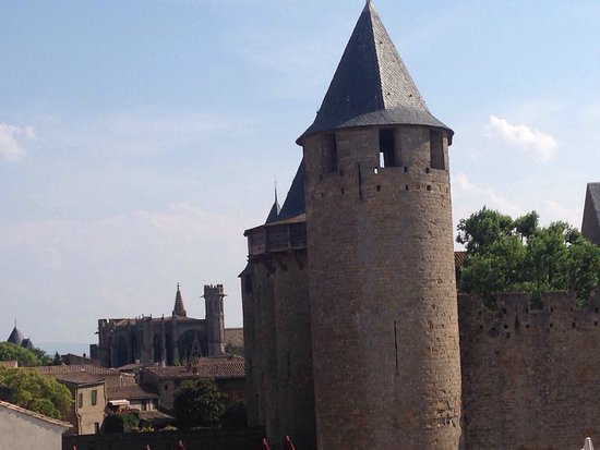 Chateau Comtal: photo0.jpg