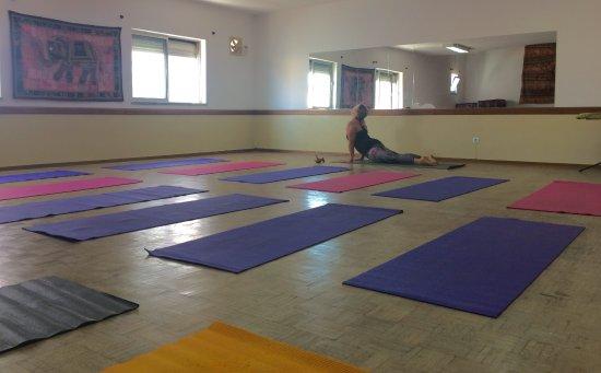 Yoga Studio - above Clube do Grupo Desportivo Burgau