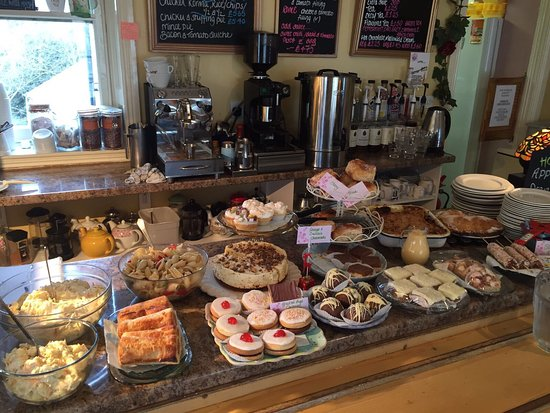 Dromore, UK: Photos from inside the tearoom,a view of the River Lagan and some of the yummy treats on offer.