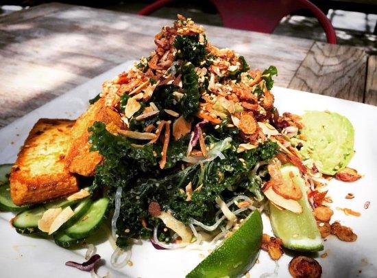 Culver City, CA: Asian kelp noodle salad