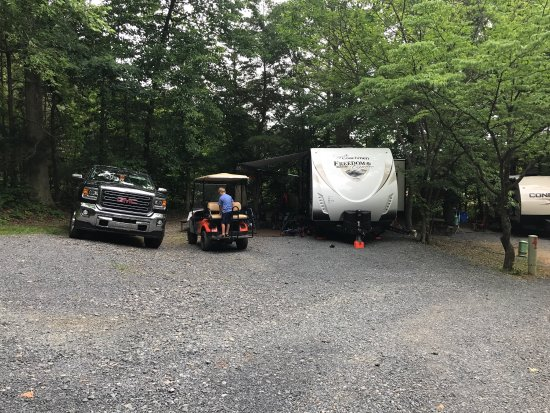 Yogi Bear's Jellystone Park Camp-Resort Luray: photo0.jpg