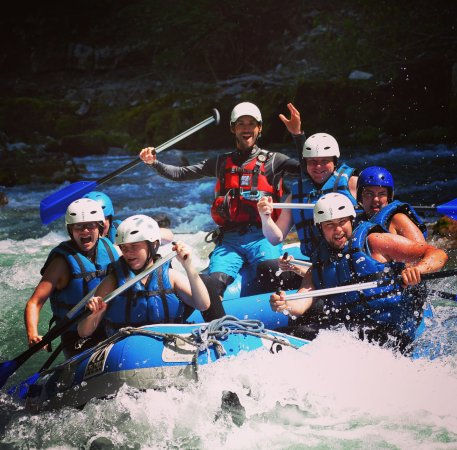 Saint Jean d'Aulps, ฝรั่งเศส: White water Rafting on the Dranse River, near Morzine