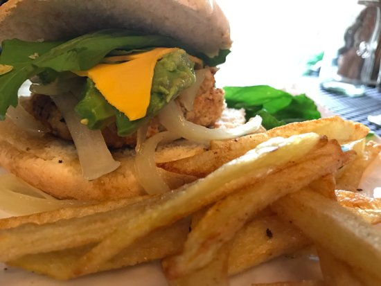 Lastarria Boutique Hotel: Hamburguesa de camarón: Deliciosa, casera a la plancha!