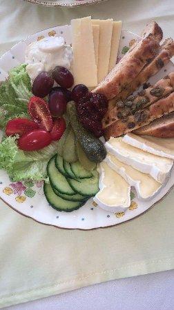 Hoy, UK: Cheese platter