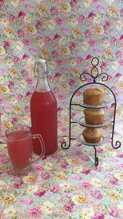 Hoy, UK: Rhubarb lemonade