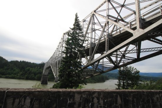 Cascade Locks Accommodation