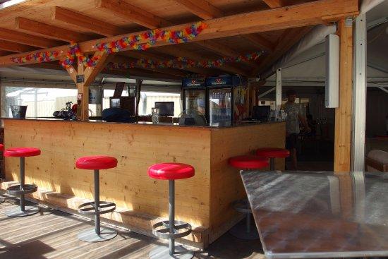 Matten bei Interlaken, Suíça: The bar.