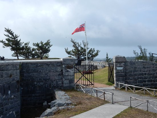 Sandys Parish, Bermuda: Entrance To Fort Scaur