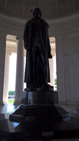 Jefferson Memorial : socha uvnitř