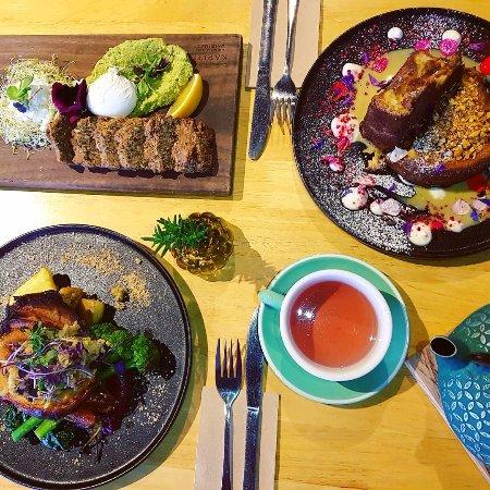 Cambridge, New Zealand: sit down meals