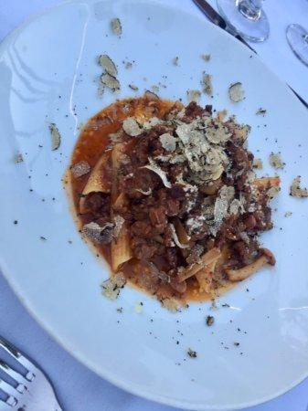 Agoura Hills, CA: Chewy meat ragu