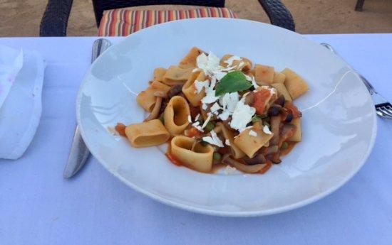 Agoura Hills, CA: No flavor pasta