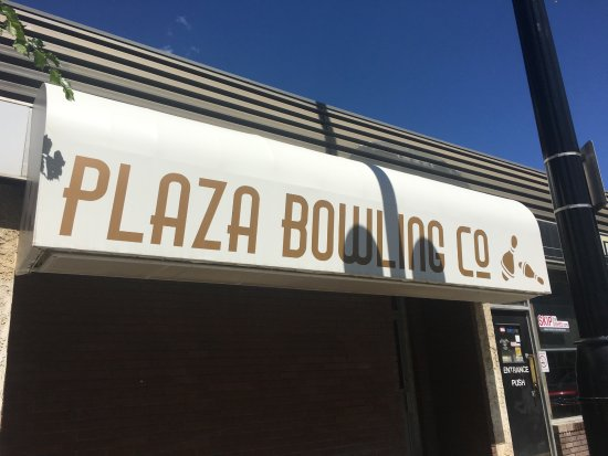Plaza Bowling Co,