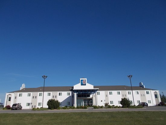 Motel 6 Avoca: Motel 6, off I-80, Avoca Iowa.
