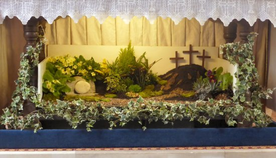 Shoreham-by-Sea, UK: Easter garden