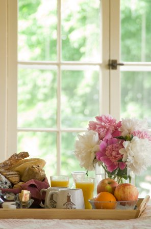 Middlebury, VT: Breakfast in bed!