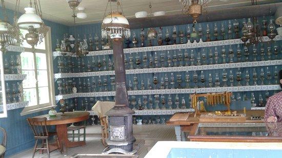 Drummondville, Canada : une belle collection de lampes à l'huile