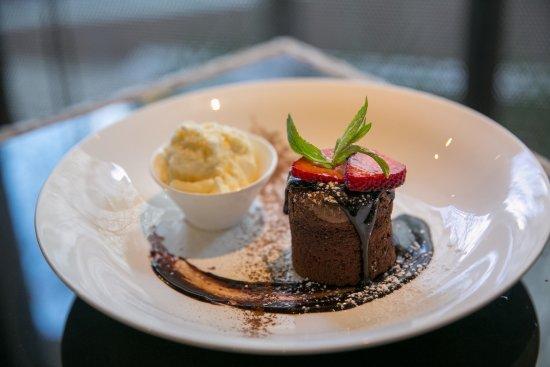 The Courtside Restaurant : Chocolate Lava Cake
