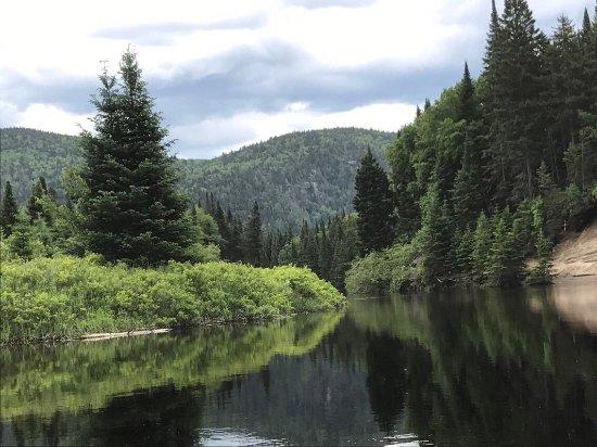 Mont-Tremblant National Park, Canadá: Balade en kayak sur la rivière du diable.