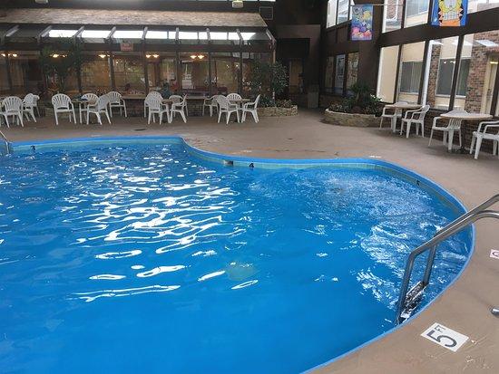 วอคิซอ, วิสคอนซิน: Indoor pool