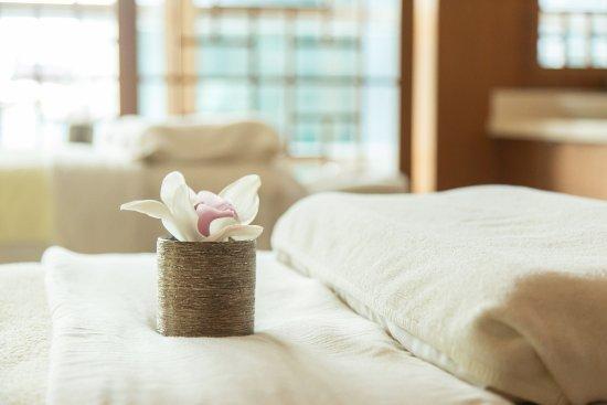 Shangri-La Hotel, Vancouver : CHI, The Spa - Couples Suite