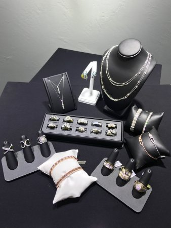 Trilliant Diamonds & Jewelry