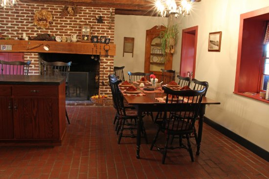 Reinholds, Pennsylvanie : Our 18th century summer kitchen where breakfast is served
