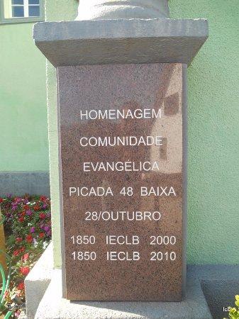 Igreja Evangélica de Picada 48 Baixa em Lindolfo Collor