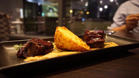 Scarborough, Australia: Short beef ribs and cornbread