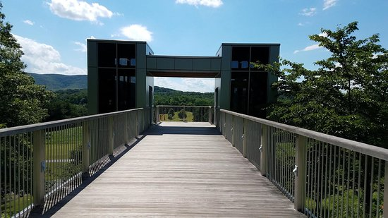 New Windsor, NY: Observation Deck (with elevators on each side)