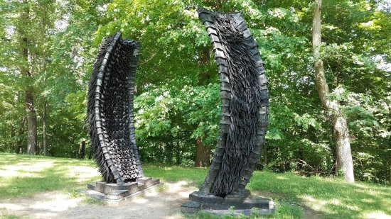 New Windsor, NY: Rubber/Tire sculpture