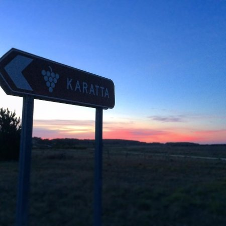 Look for the Karatta Winery & Farm Cellar Door sign on Clay Well's Road as you drive into Robe