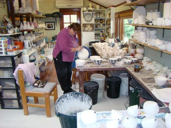 Leura, Australia: Lyn working in the pottery studio.