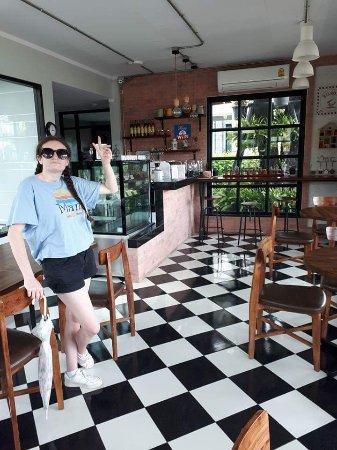 Suphan Buri, Tailandia: FB_IMG_1498190052631_large.jpg
