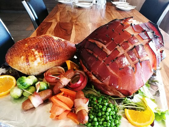 Уоннеру, Австралия: Christmas in July, the meat is ready. Book your table now!