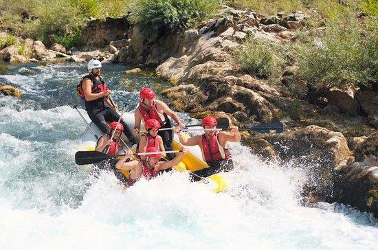 Sentite l'esperienza di rafting di