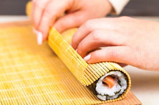 Sushi haciendo experiencia con sushi...