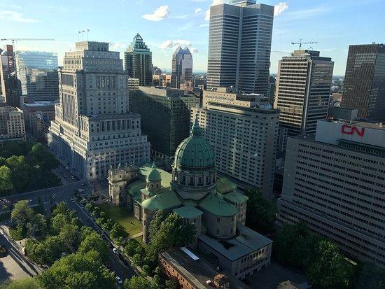 Montreal Marriott Chateau Champlain: photo1.jpg
