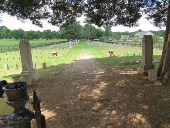 Franklin, TN: Confederate Cemetery