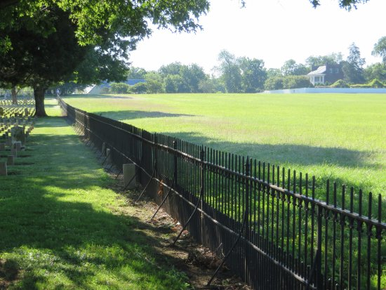 Franklin, TN: The Cemetery and the Carnton Plantation Home