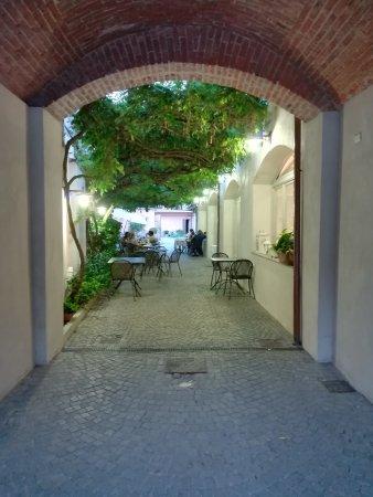 Bra, Italien: IMG_20170622_211010_large.jpg