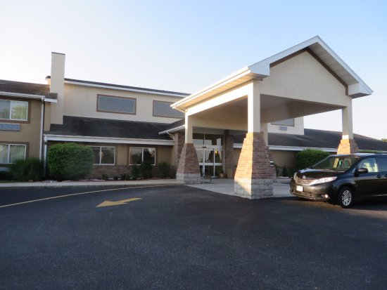 Republic, MO: Hotel Entry