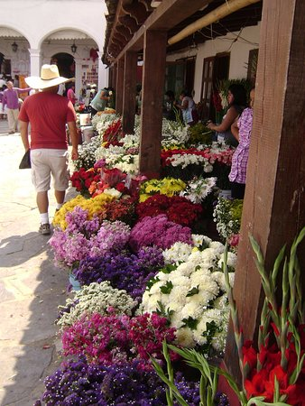 Cuetzalan, Mexiko: Arquitectura, historia, naturaleza, pan, café, gastronomía, folclore...Top3 pueblos mágicos.